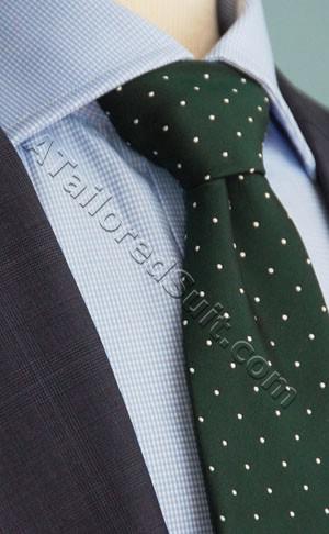 green tie blue shirt