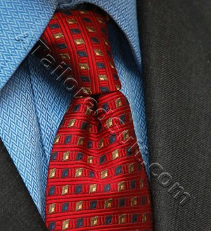 four in hand tie knot